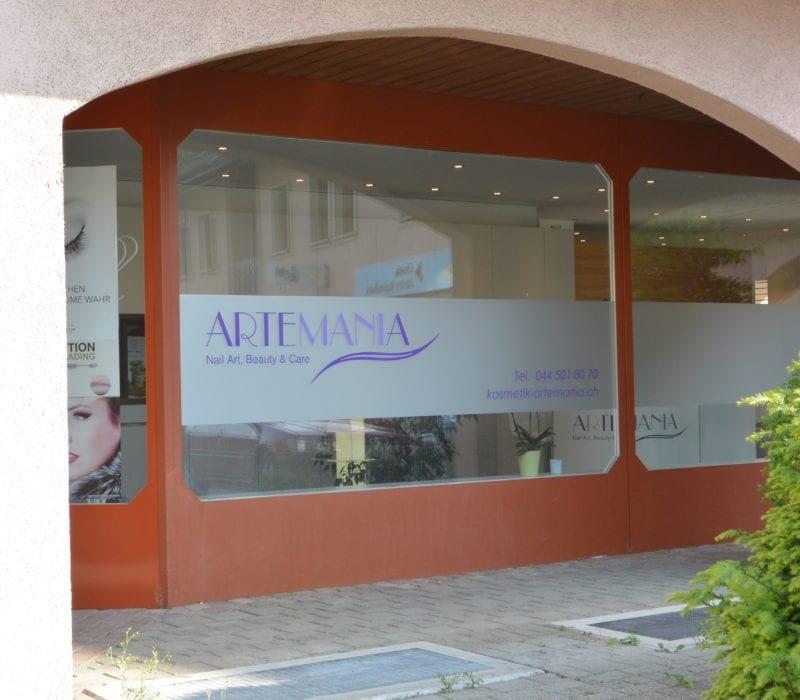 Kosmetik Artemania Fehraltorf - Nail Art - Beauty und Care