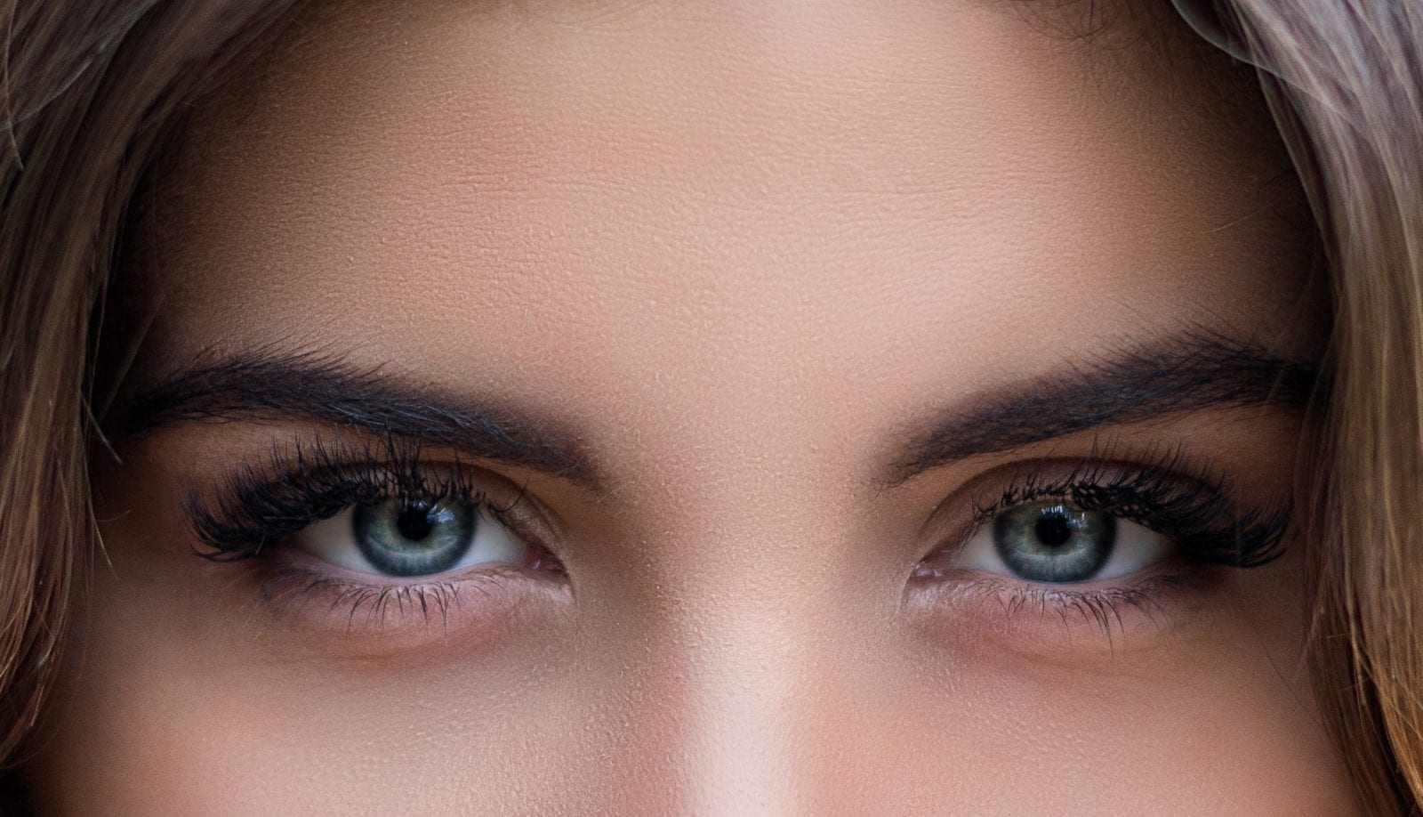 Saphir-Blading - Microblading - Kosmetik Artemania Fehraltorf - Nail Art - Beauty und Care